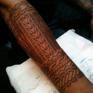 Polynesian tattoo designs represent bravery and sexual attractiveness - Page 27…