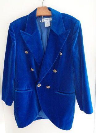 À vendre sur #vintedfrance ! http://www.vinted.fr/mode-femmes/autres-manteaux-and-vestes/28685542-somptueuse-veste-retro-vintage-guy-laroche-comme-neuve-t-40-a-46