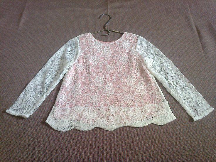 blusa renda para a Matilde