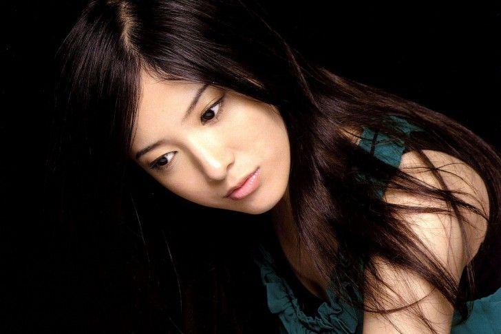 Yoshitaka Yuriko(吉高由里子)
