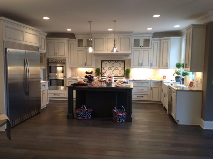 White perimeter cabinets with charcoal gray glaze with for Charcoal gray kitchen cabinets