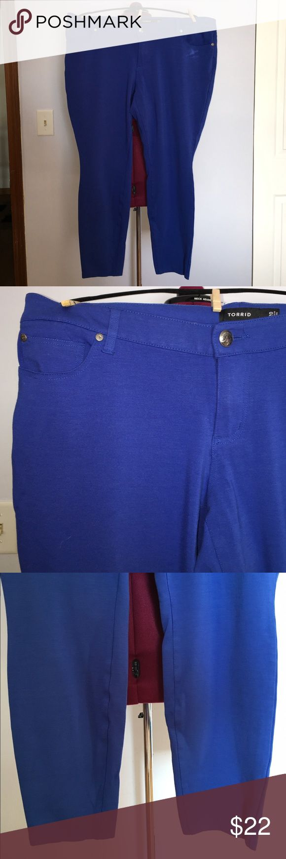 """Torrid Cobalt Blue Skinny Pants size 20 Up for grabs is this pair of jeggings from Torrid. They are a size 20 with a 28.5"""" inseam, a 45"""" waist and 47"""" hips. These pants are skinny style and stretch really well. They are cobalt blue with a button and zipper closure. These skinnies have been gently worn and are in terrific condition. torrid Pants Skinny"""