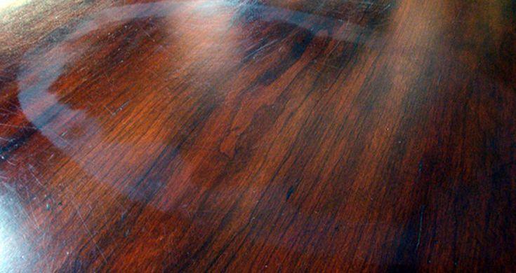 Quitar manchas de agua en la madera de forma casera