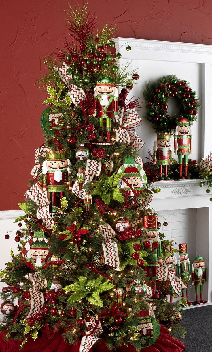 christmas tree decorating 1000 ideas about nutcracker on 30301