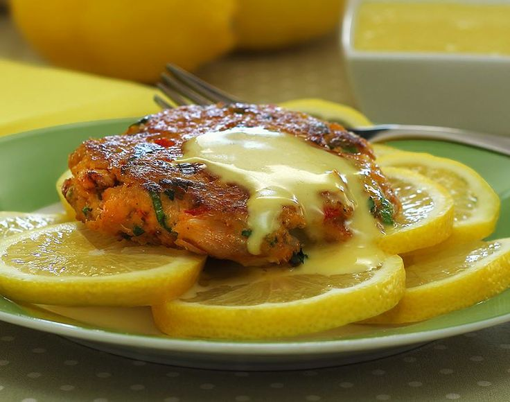 Paleo Crab Cakes with Lemon Aioli Sauce | Recipe | Aioli Sauce, Paleo ...