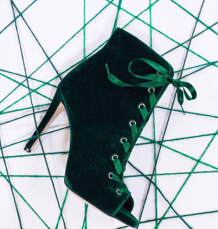 SANTE stiletto peeptoe ankle boot in hot festive velvet... Green!