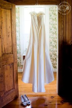 Matt Powell • Based in Boone, North Carolina, a creative documentary approach to North Carolina mountain weddings, lifestyle photography & destination marketing video production.