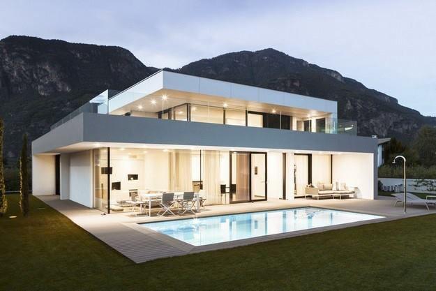 + Arquitetura :   Projeto da monovolume architecture + design, a casa esta localizada em Bozen (Italia).