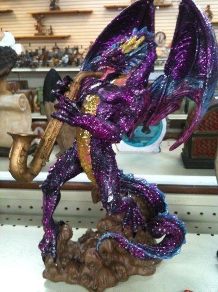 Sax dragon.