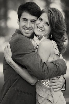 mother of the groom pic! GOT to have one of these.