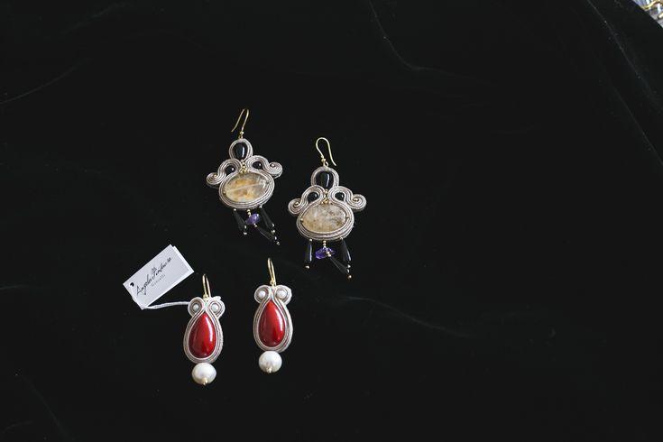 I #gioielli della stilista #AngelaPintauro sono creati a mano ed esprimono al meglio l'artigianalità italiana. orecchini modello Kalì (cabochon di quarzo, perle coltivate di acqua dolce, onice, ametista e arg.925IT) e gli #orecchini modello Tulipano (corallo e perle) #earring #made in italy