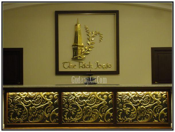 Hotel Receptionist Table - Meja Resepsionis Hotel