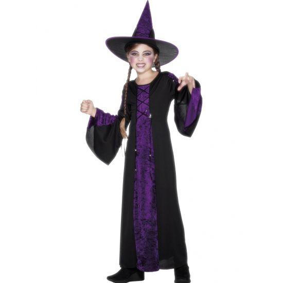 Zwart met paars heksenkostuum voor kinderen. Dit heksen kinder kostuum bestaat…