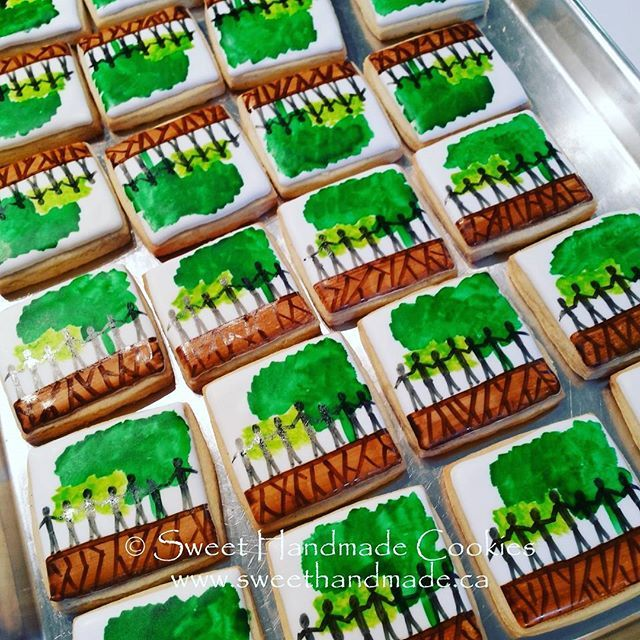 Final design.  The cookies were a hit!  #sweethandmadecookies #customcookies #decoratedcookies #designercookies #cookies #bradfordontariocookies #volunteercookies #townofnewmarket
