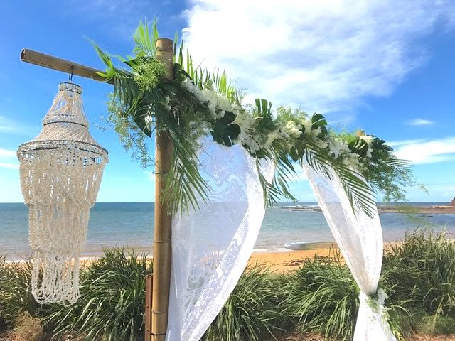 Our beautiful Foliage and Floral Arch at Long Reef Golf Club