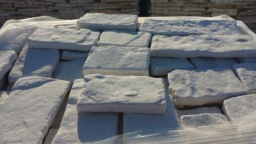 #pietreditrani #pietre #rivestimento #pavimentazione #stone #work #edilizia #trani #design #creative #job #work #marble #stones #street #scorzetta #pietralavica #muro #materiale