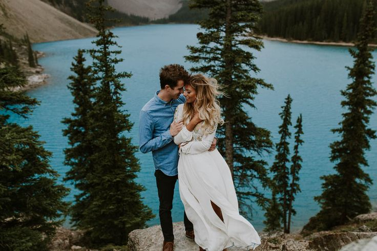 A flowy dress is always a good choice for an outdoor engagement   Image by Nathan Walker Photography