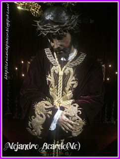 Cruces de Pasión: Utrera(Sevilla).Besamano de Jesús Nazareno