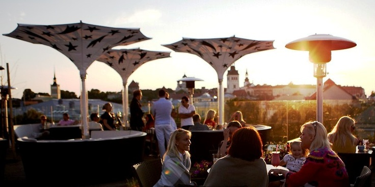 The roof terrace of Kohvik Komeet, Tallinn