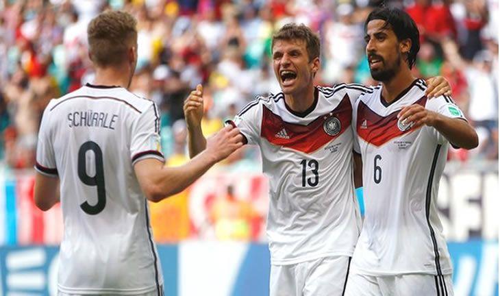 Euro 2016: Germany NIreland on brink of qualification