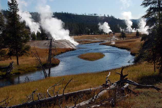 Upper Geyser Basin - Yellowstone