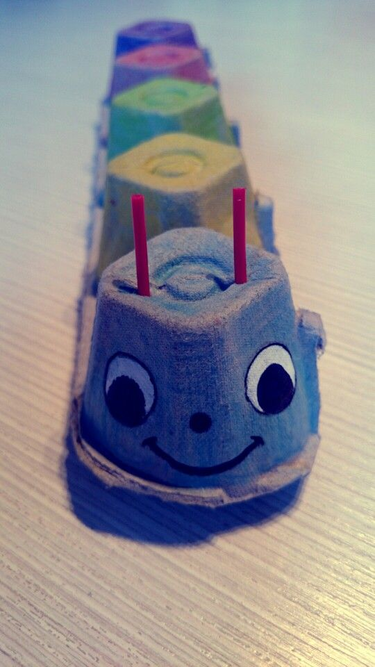 Crv - kutija za jaja  Worm - egg boxes #worm #egg #boxes #handmade #kids #play