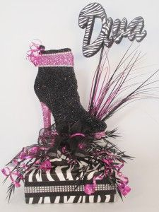 Shoe centerpiece idea > high heels. Great for birthday party or sweet 16.