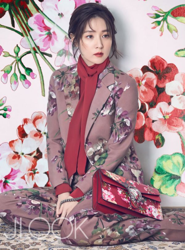 Lee Young Ae for JLOOK Korea magazine December 2015 - Gucci Fall 2015
