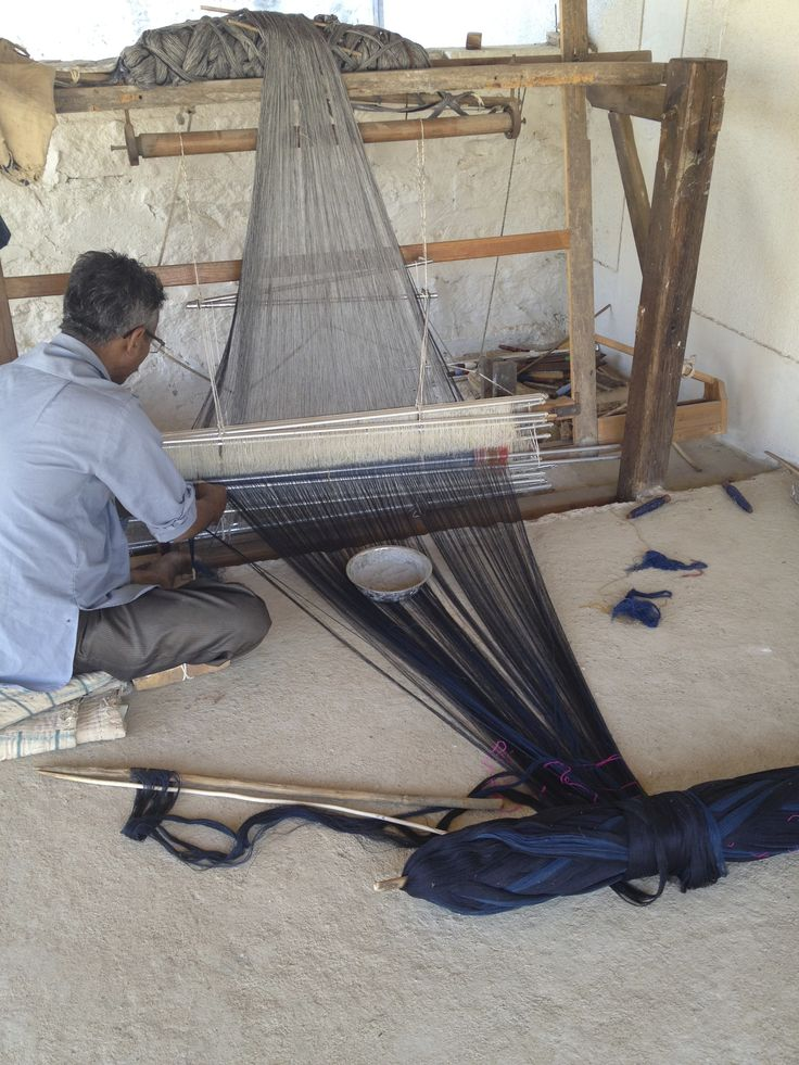 Weaving my throws, Bhuj Gujarat. Sally Campbell Textiles