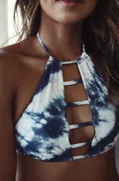 super cute tie dye billabong bikini! need this tan too!