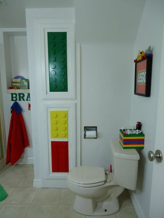 Nice This Lego® Bathroom Is Awesome (except For The Minor Glitch Of The Green 2x5