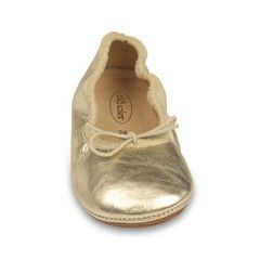 It's all about cool comfort with these ballet flats. Your Baabee will be cruisin' in style! Cruise (Gold) Ballet Flat