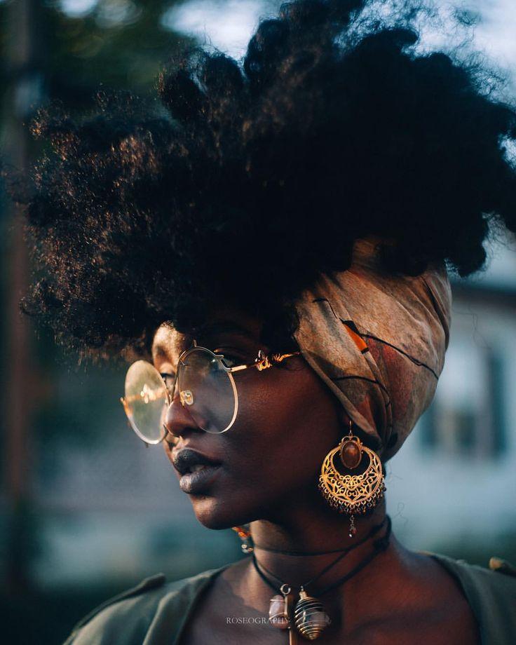 Roseography (@bennierose) on Instagram: @bennierose @rosesjungle || Sun-kissed. Dark skin women. Dark skin girls. Dark skin beauty. Black women.