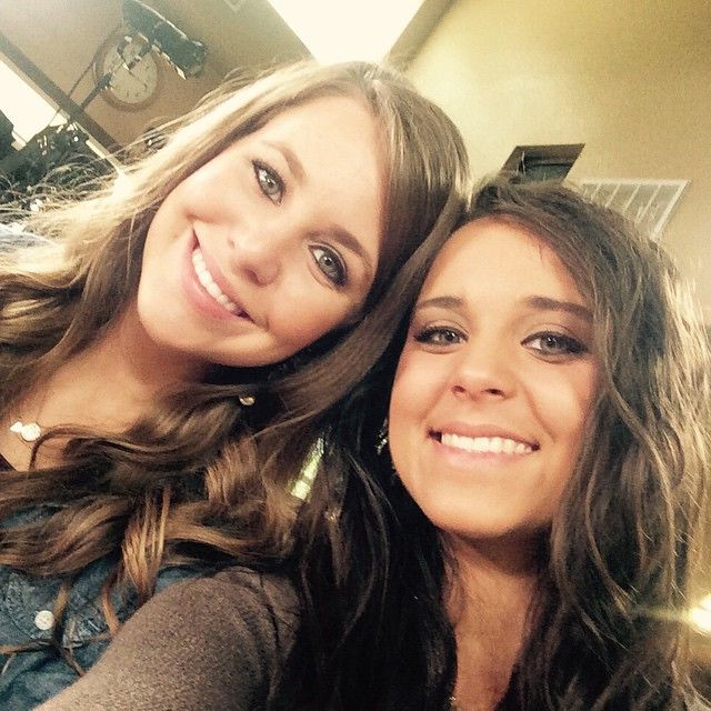 dugger chat rooms She bring sunshine into the room and encourages everyone around her  be sure to join our duggars facebook group to chat about all the latest updates and juicy gossip.