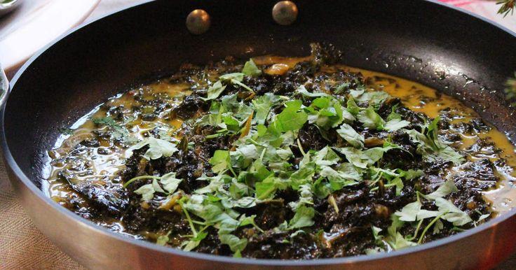 Gräddig grönkål som toppas med persilja vid servering. Trevligt grönt inslag på julbordet!