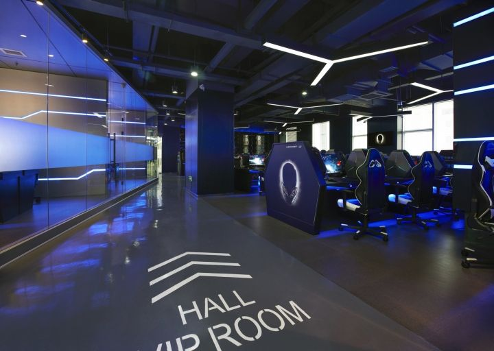 Alienware G4 Internet café by Gramco, Ningbo – China ...