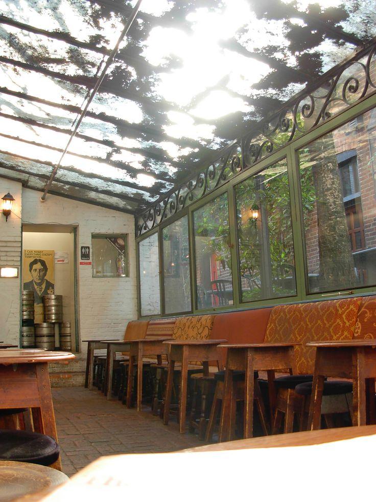 The Irish Heather courtyard
