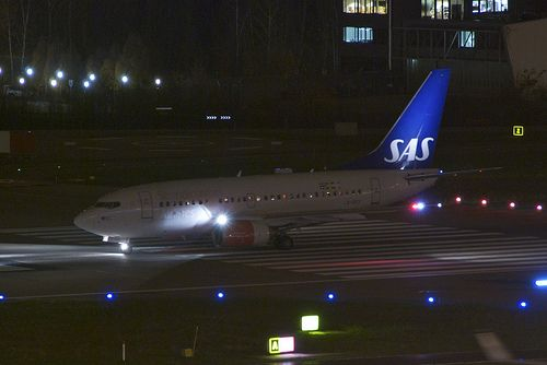 Scandinavian Airlines Boeing 737-600; LN-RRX@ZRH;19.11.201… | Flickr