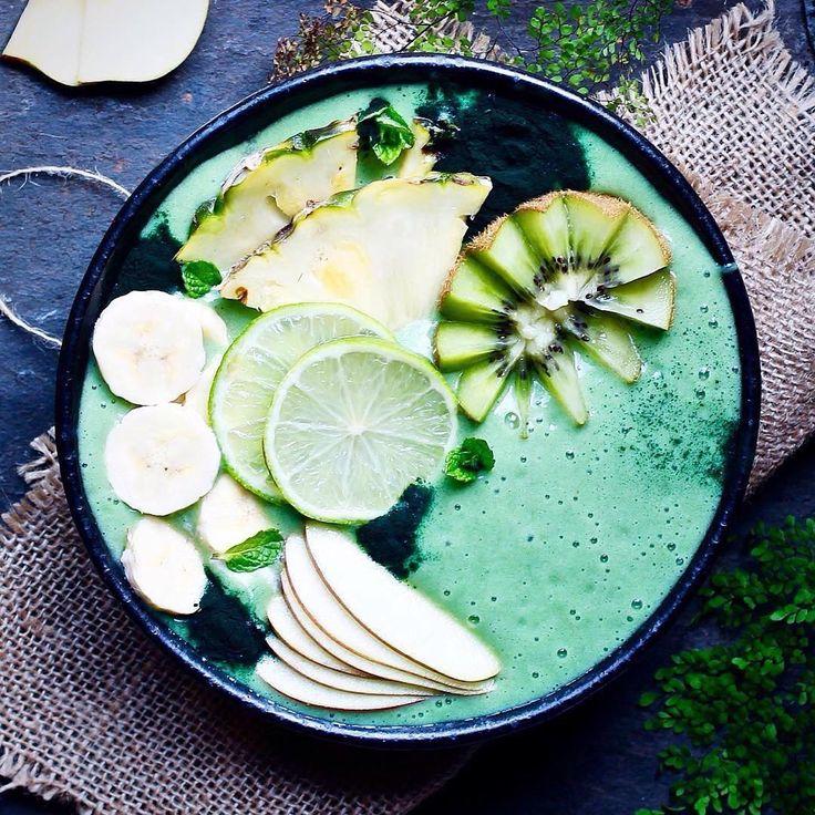 @panaceas_pantry 💚 Literally looks too good to eat, need this in my life right now ! #vegan #plantbased #breakfast #Vegangains, #Veganrecipes, #Veganism, #Veganfood, #Vegandiet, #Veganlifestyle, #Veganmeals, #Vegan, #Veganactivist, #Rawvegan, #Rawveganfood, #Rawveganrecipes, #Rawvegandiet, #Rawveganmeals, #Rawveganweightloss, #Fruitariandiet, #WhatIeatinaday, #Fruitarian uk, #Rawveganweightloss, #Weightloss, #LoseWeightQuickly, #RawVeganMeals, #RawVeganDesserts