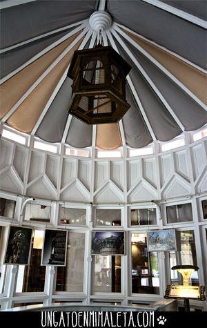 El Capricho de Gaudí http://ungatoenmimaleta.com/category/espana/cantabria/