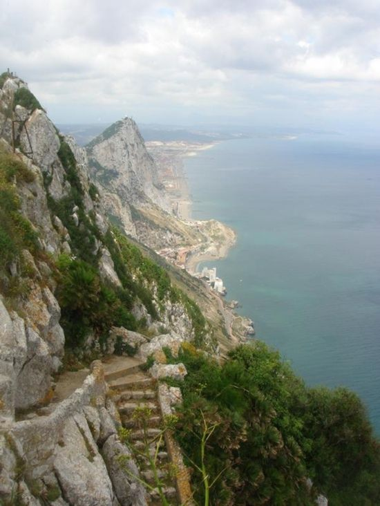 FAB Guide ✈ Legal Wedding in Gibraltar - Fly Away Bride