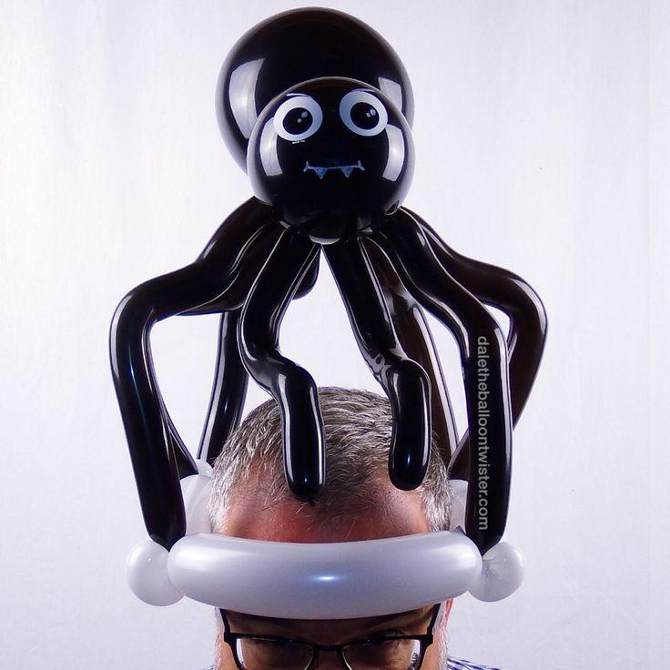 spider hat daletheballoontwister - Halloween Balloon Animals