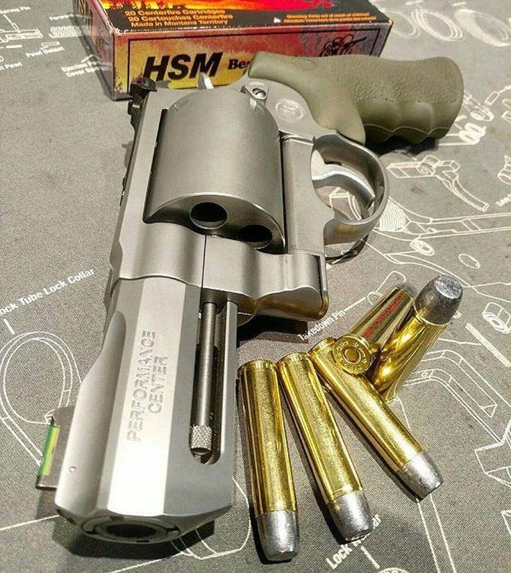 "@donluppo -  Smith and Wesson Performance Center 3.5"" 460 Magnum Beast   #smithandwesson #460magnum #performancecenter #revolver #wheelgunwednesday #gun #handcannon #handgun #molanlabe #merica #hillaryforprison2016 #igmilitia #gunblessamerica #righttobeararms #defendthesecond #gunrights #gunlife #norcal #Regrann"