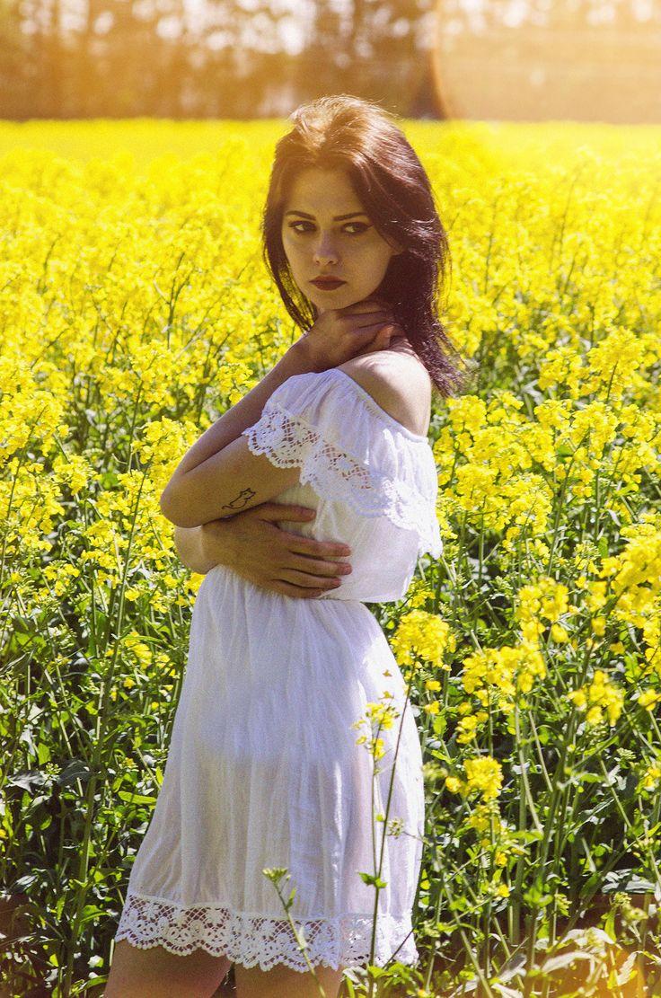 #dress #sukienka #białasukienkaolika #olika #dressolika #olikadresses #sukienkamodna #taniasukienkaolika #olikacompl www.olika.com.pl