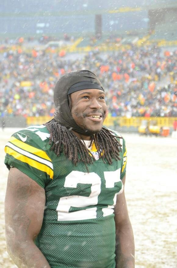 Eddie Lacy~ He looks like a Kid in a Candy store !!! And we are Equally as Smitten with him =)