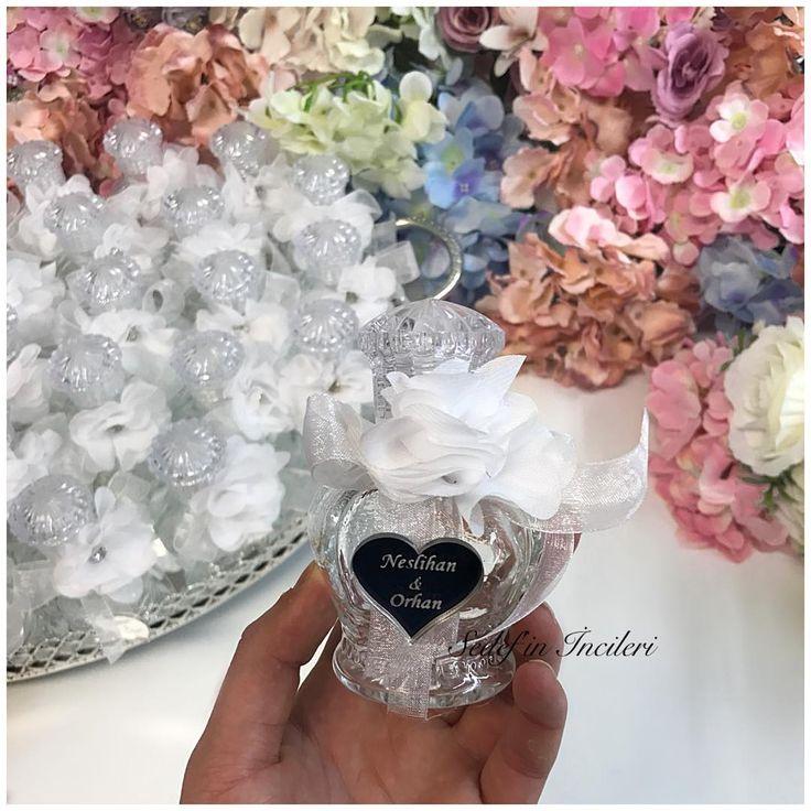 Neslihan&Orhan çiftini tebrik eder mutluluklar dileriz..���� �� �� �� #odakokusu #masasüsleme #anidefteri #design #wedding #henna #tasarim #mevlüthediyesi #sachet #söztepsisi #verlobungstablett #gift #hennanight #düğün #bebeksekeri #babyshower #kınaorganizasyonu #nişanorganizasyonu #gelinbuketi #gastgeschenke #nikahhediyesi #engagement #damatfincanı #essen #dortmund #hannover #berlin #bielefeld #germany #almanya http://turkrazzi.com/ipost/1524904785408859260/?code=BUpjNKylpx8