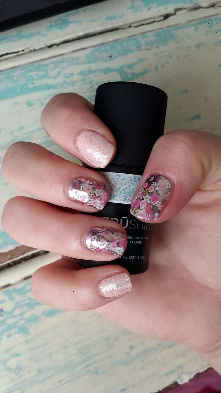 May 2016 Sisters Style Floral Fusion. We're Blushing TruShine gel layered with Bachelorette TruShine