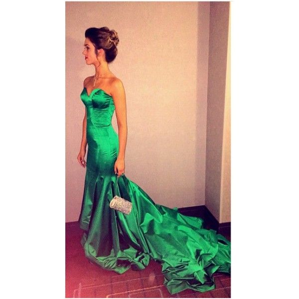 Sadie Robertson Green Strapless Mermaid Prom Dress 'Duck Commander Musical' Premiere #SadieRobertson #greendress #Premiere #fashion