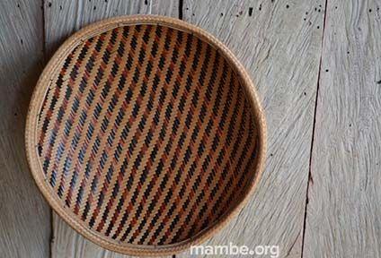 Guapa tradicional Cubeo. ( Vaupés - Colombia)  #Artesanias Cómpralo en Mambe.org!