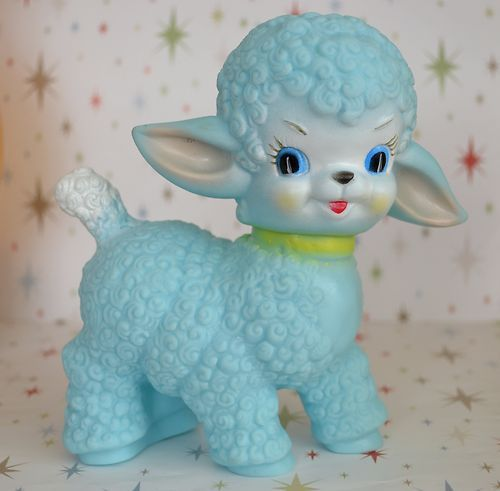 Blue Sun rubber vintage style Squeaky lamb